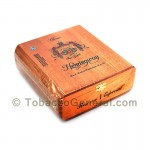 Arturo Fuente Hemingway Classic Reservada Cigars Box of 25 - Dominican Cigars